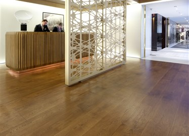 Andaz amsterdam hotel in amsterdam contains hakwood for Balthasar floors