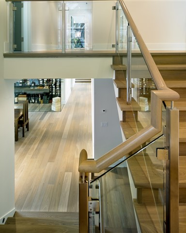 Hakwood True flooring with stairs