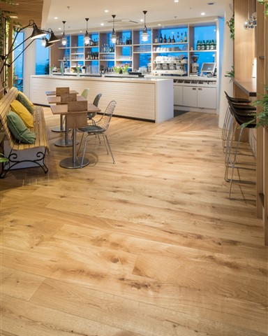 Hakwood Original flooring in bar area