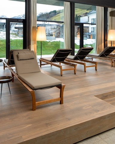 Hakwood HV465 flooring in relax area