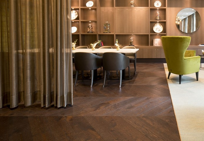 Hakwood chevron flooring in HR club Hyatt Amsterdam