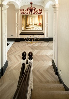 Hakwood Drift flooring at staircase
