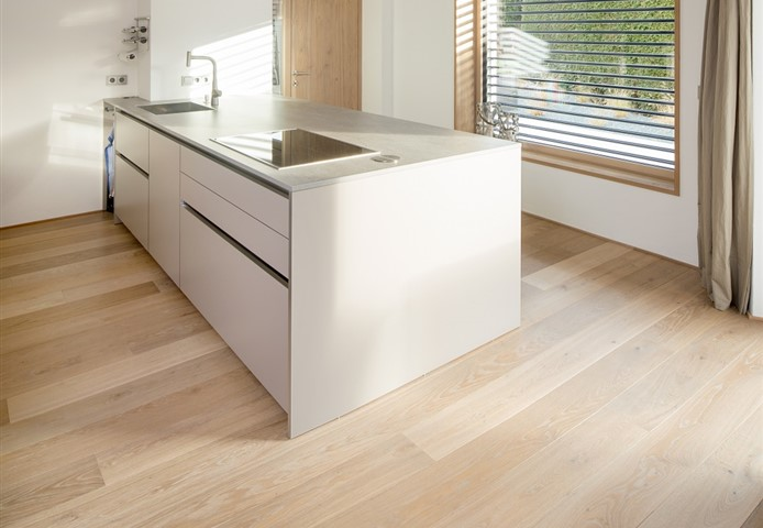 Hakwood Flourish flooring in the kitchen