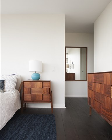 Hakwood Coco Flooring in bedroom and mirror