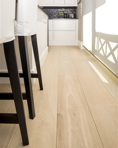 Close up from Hakwood Locke flooring in kitchen