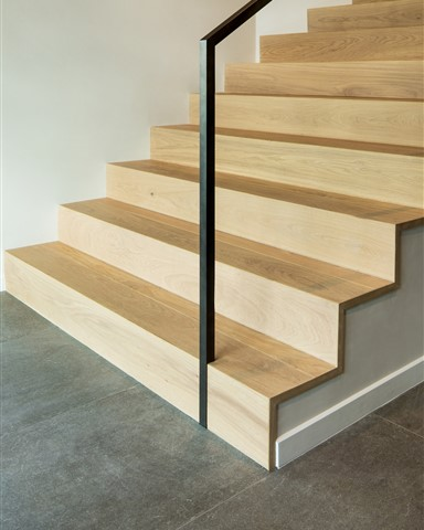 Hakwood Pure flooring at staircase - photo credits David Marlow