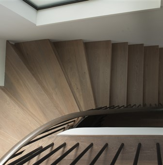 Hakwood Heritage flooring at staircase - photo credits Paper and Pate Photography