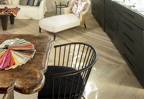 Hakwood Vista flooring with seating