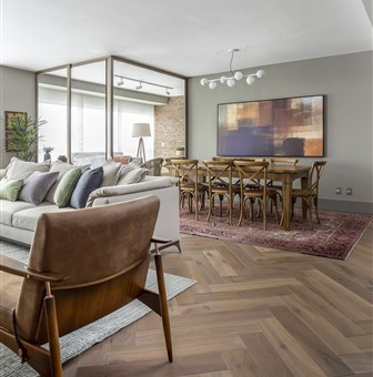 Hakwood Sincere flooring in living room with dining room at the back