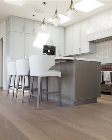 Hakwood Heritage flooring in kitchen - photo credits Paper and Pate Photography