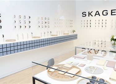Skagen retail shop in Paris with Hakwood Pure flooring