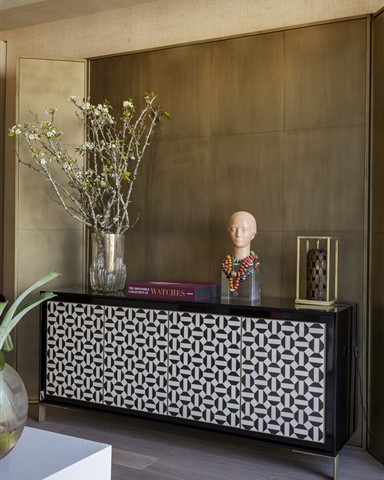 Hakwood Heritage flooring with modern sideboard - photo credits T. Reines