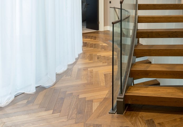 Hakwood Promise flooring in the hallway with staircase