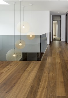 Corridor with Hakwood Promise flooring