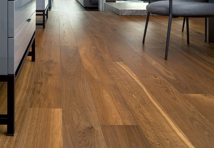 Hakwood Promise flooring in living room