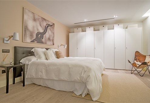 Hakwood Locke flooring in bedroom