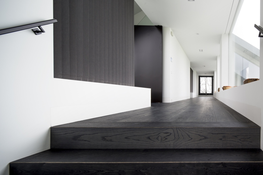 Hakwood Shadow flooring at staircase and in hallway