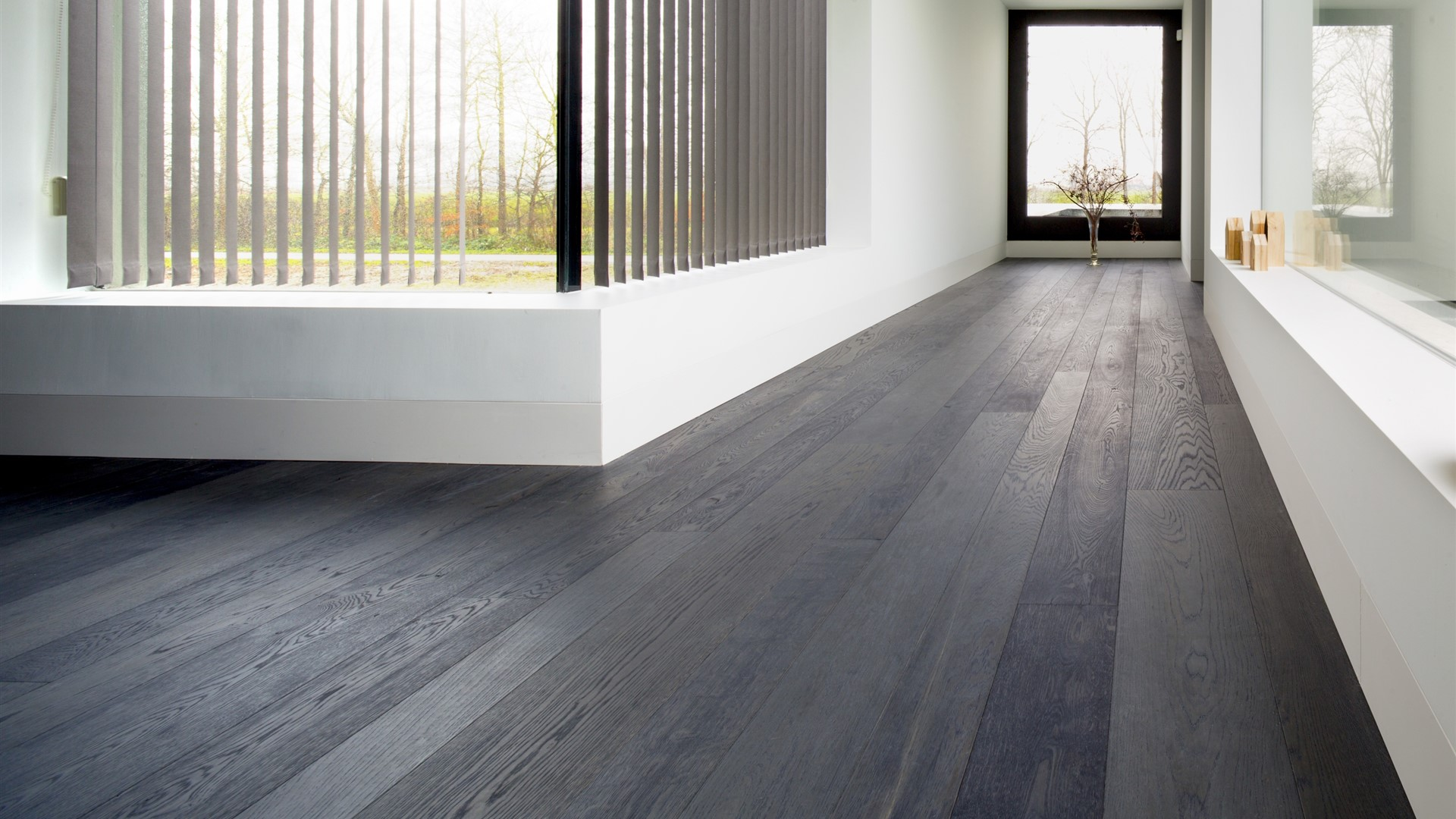 Private Residence Emmeloord with Hakwood Shadow flooring