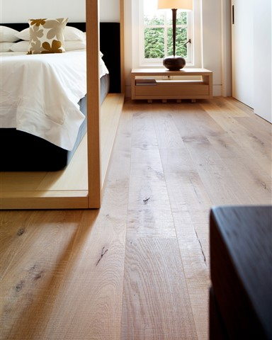 Hakwood Savoy flooring in bedroom