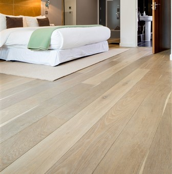 Hakwood Valor flooring in the bedroom