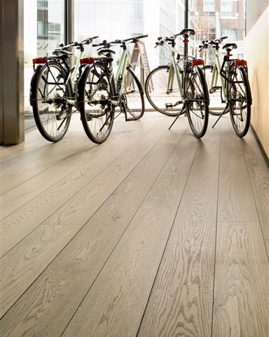 Hakwood Valor flooring with bicycles