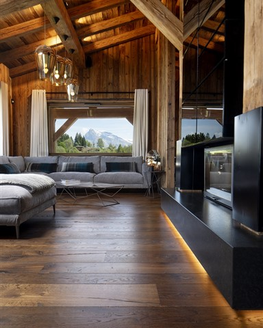 Hakwood Reclaimed Antique flooring in living room with stunning view