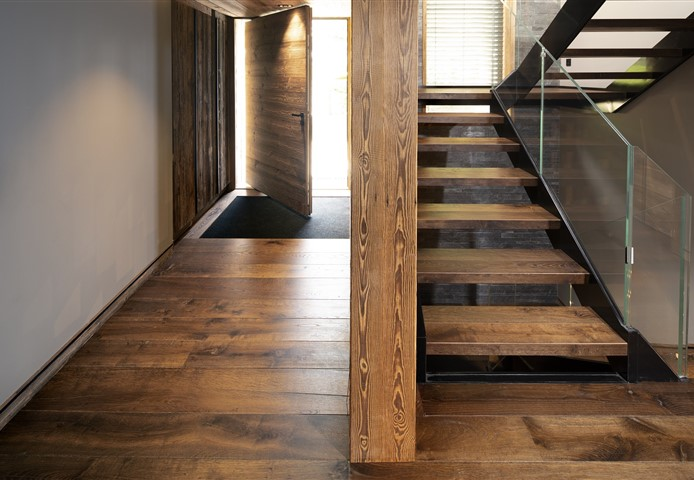 Hakwood Reclaimed Antique flooring in hallway with staircase
