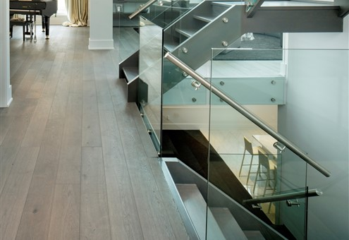 Hakwood Mineral flooring with staircase