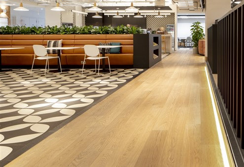 Hakwood Savoy flooring in canteen