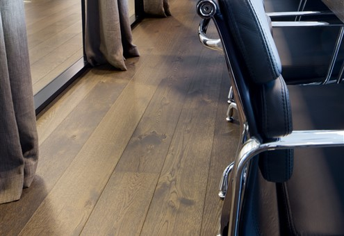 Hakwood Harmony flooring detail at conference room