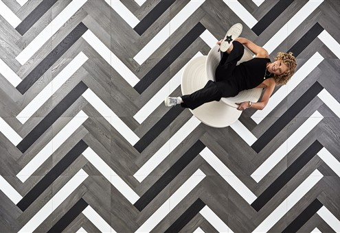 Grid Zigzag - Hakwood Collection by Kelly Hoppen
